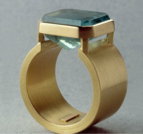 Anillo oro 750 aguamarina