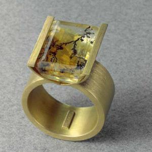 Anillo oro 750 cuarzo dendrita
