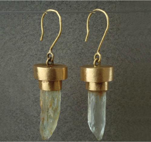 Pendientes oro berillos naturales